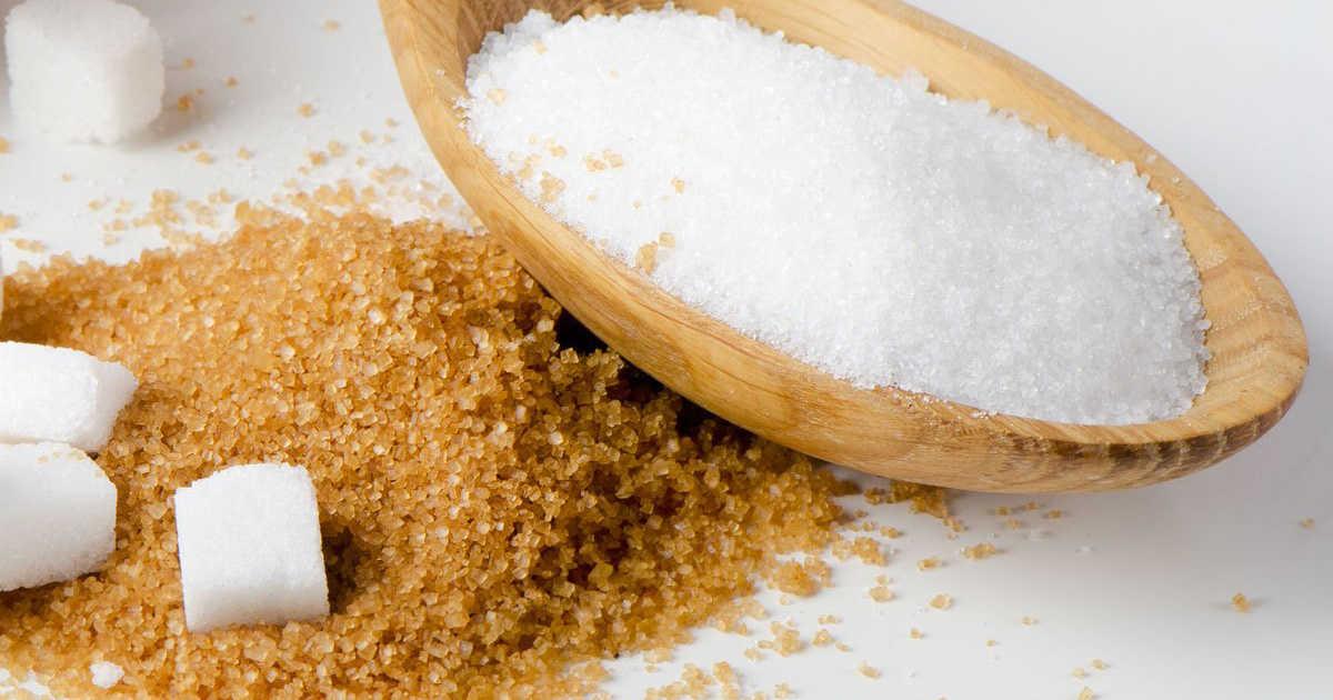Lo zucchero di canna è più salutare di quello bianco? Falso
