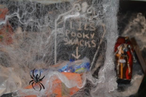"""Fanta"" ""SpookySnacks"" ""Oreo"" ""Collective Bias"" ""Wal-Mart"" ""Halloween"" ""Ghouls"" ""Ghost"" ""Spiders"" ""Naturalbabydol"""