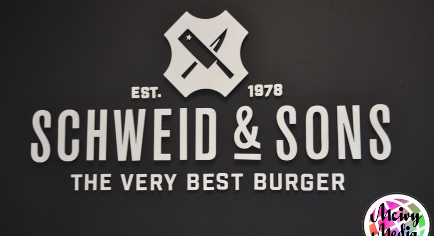 """Schweid & Sons"" ""The Very Best Burger"" ""Angus Beef"" ""USDA Prime"""