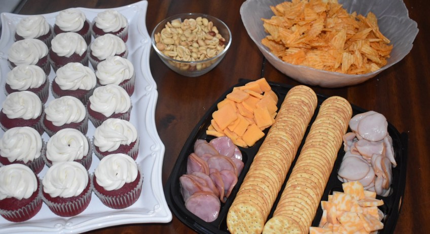 """HORMEL GATHERINGS® Party Trays"""" """"Game Day"""" """"Game"""" """"Party"""" """"Party Trays"""" """"Naturalbabydol"""" HORMEL GATHERINGS® Party Trays"""" """"Game Day"""" """"Game"""" """"Party"""" """"Party Trays"""" """"Naturalbabydol"""""""