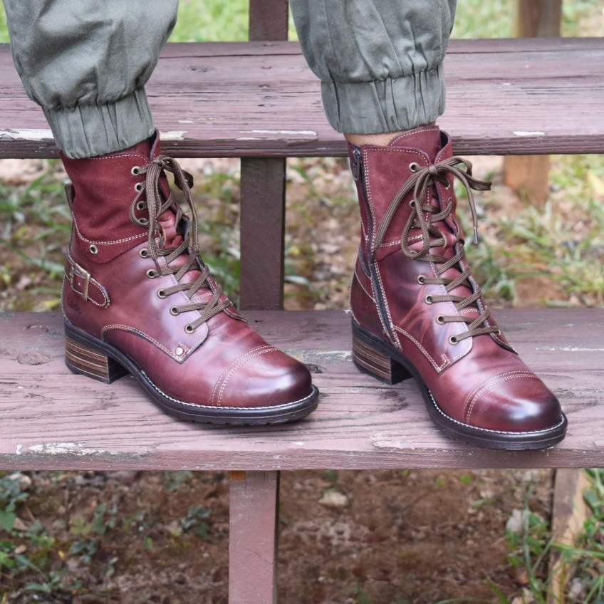 Taos Crave Boots