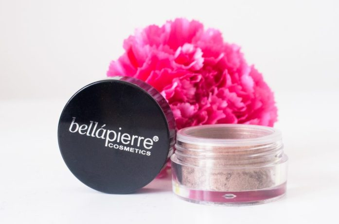 Bellapierre Shimmer Powder in Lava