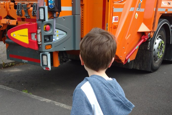 Jonah and the bin lorry
