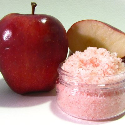 Red Apple Scrub