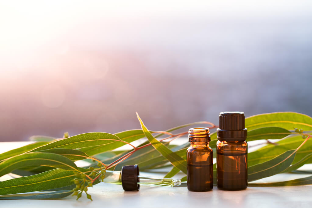 How to use aromatic CO2 Extracts in handmade soap making, perfumery, and skin care formulation