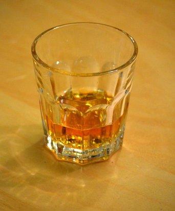 English: whisky.