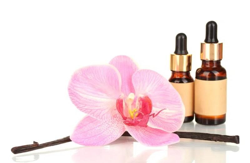 13 Impressive Benefits of Vanilla Essential Oil