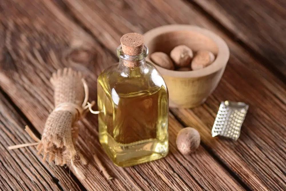 Benefícios para a saúde do óleo de noz-moscada