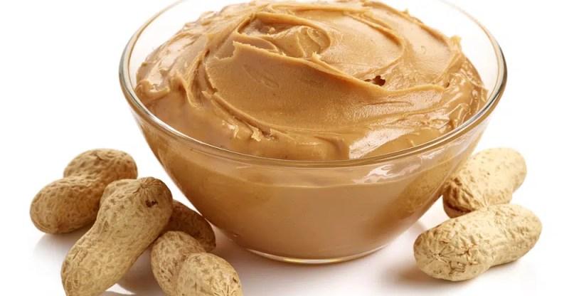 13 Amazing Health Benefits of Peanut Butter