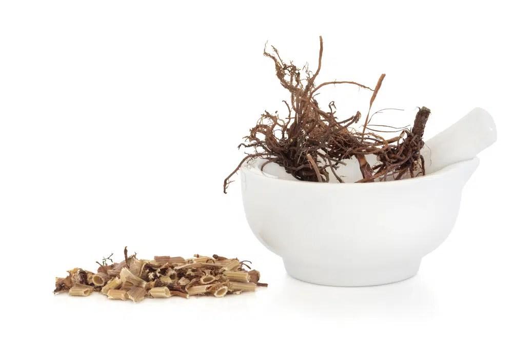 Benefícios para saúde incríveis da raiz valeriana