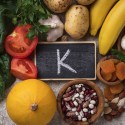 10 Signs and Symptoms of Potassium Deficiency (Hypokalemia)