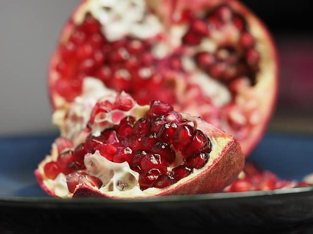 Pomegranate Aids In Increasing Male Potency
