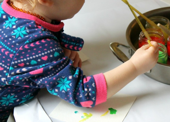 Preschool & Toddler Crafts Watercolors and Salt-6
