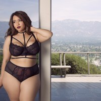 Who says big girls can't SLAY in lingerie?!