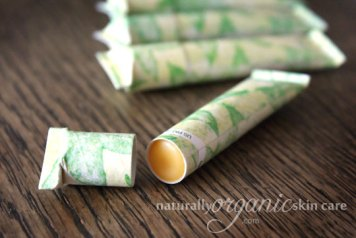 best-organic-skincare-homemade-lip-balm-recipe-eco-friendly-packaging-1
