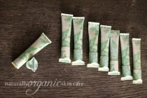 best-organic-skincare-homemade-lip-balm-recipe-eco-friendly-packaging-2
