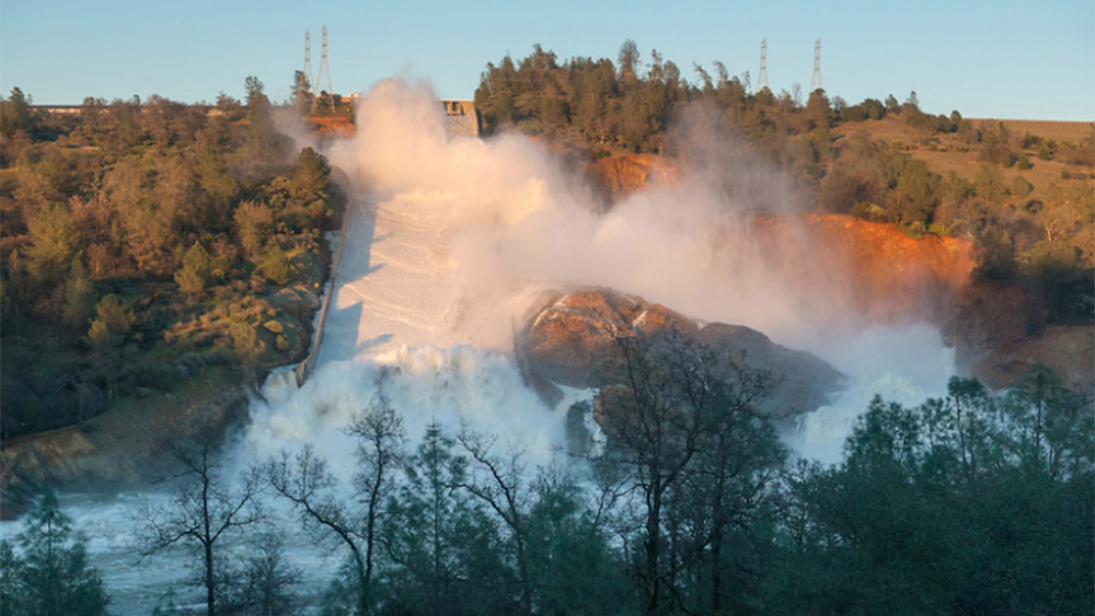 Image: Worst case scenario: 100 foot tsunami would wipe out entire cities if there is a catastrophic failure of the Oroville dam