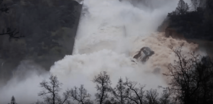 Image: Government THEATER on parade in California as helicopters drop useless bags of rocks onto failing Oroville dam for the TV cameras