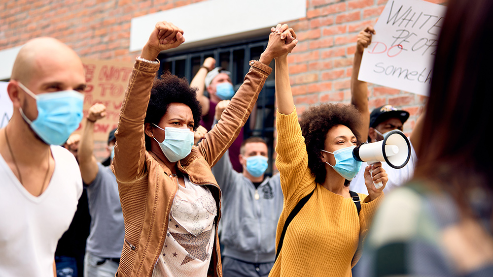 Image: DESPICABLE: Black Lives Matter terrorists show up outside of hospital to taunt cops who were shot in the head