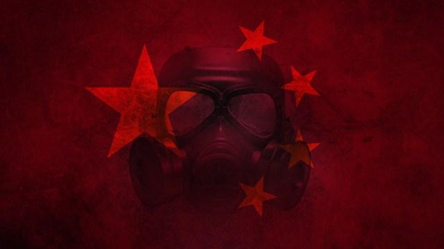 Zdjęcie: Chiny przepisują historię COVID, usuwają 300 badań łączących wirusa z laboratorium w Wuhan