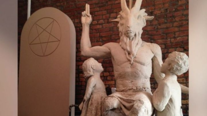 """Image: Satanic temple in Texas files lawsuit demanding """"religious right"""" to sacrifice babies through abortion"""