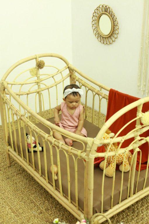 Rainbow rattan baby bed