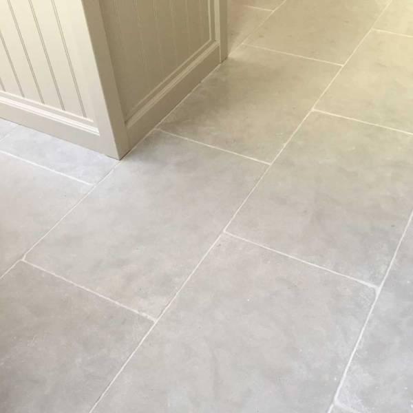Grey Limestone Tile Floor Kitchen Vtwctr