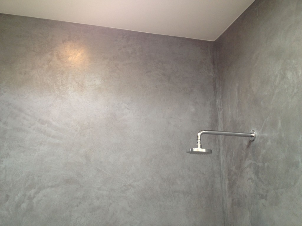 Plaster showers in Venice  Ancient Materials for Modern