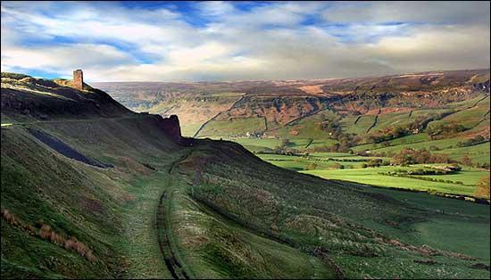 Rosedale old railway by Chris Ceaser