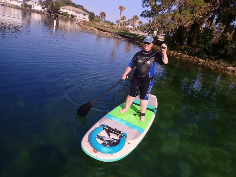 paddling the paddleboard
