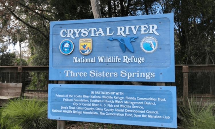 entrance sign to crystal river national wildife refuge