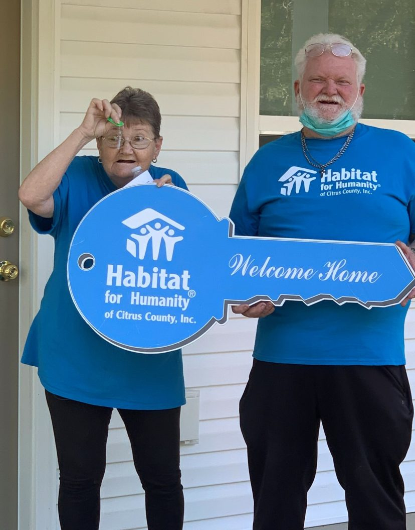 Donna & Bob Russell receive the keys to their new home