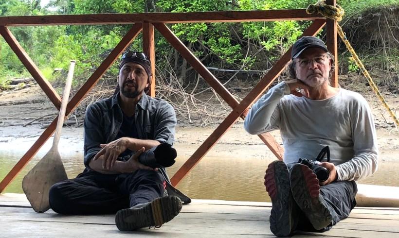 Con el investigador Fernando Trujillo en Lago Tarapoto, Amazonas Colombia