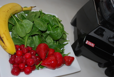 fruit and spinach for green smoothie