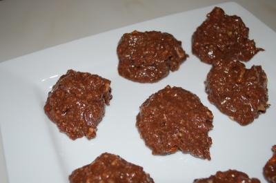 Raw Chocolate Cookies