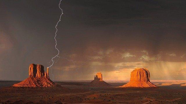 monument valley lightning strike