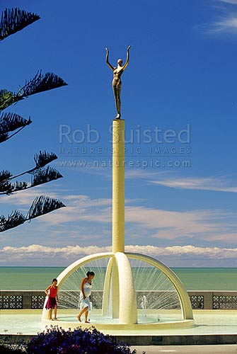 Spirit of Napier statue by Frank Szirmay on Marine Parade represents Napiers rise from the