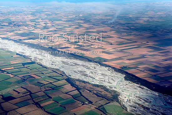Rakaia River braided river channels passing over the