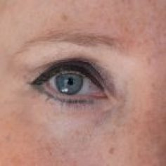 Permanent Make - Up Auge