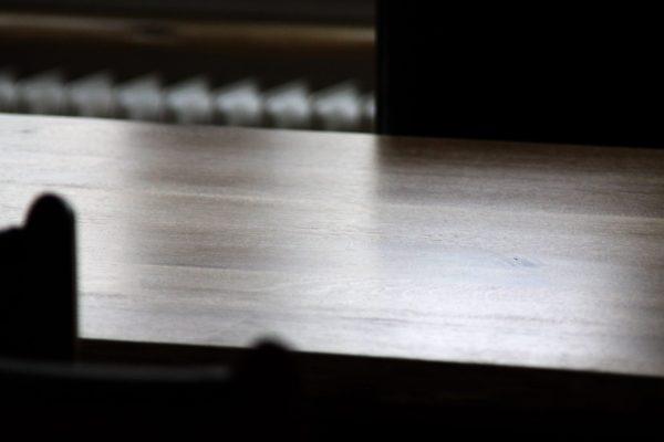Eiche Tischplatte, Holz mit wenig Fehlern, auch als Besprechungstisch oder Schreibtisch nutzbar