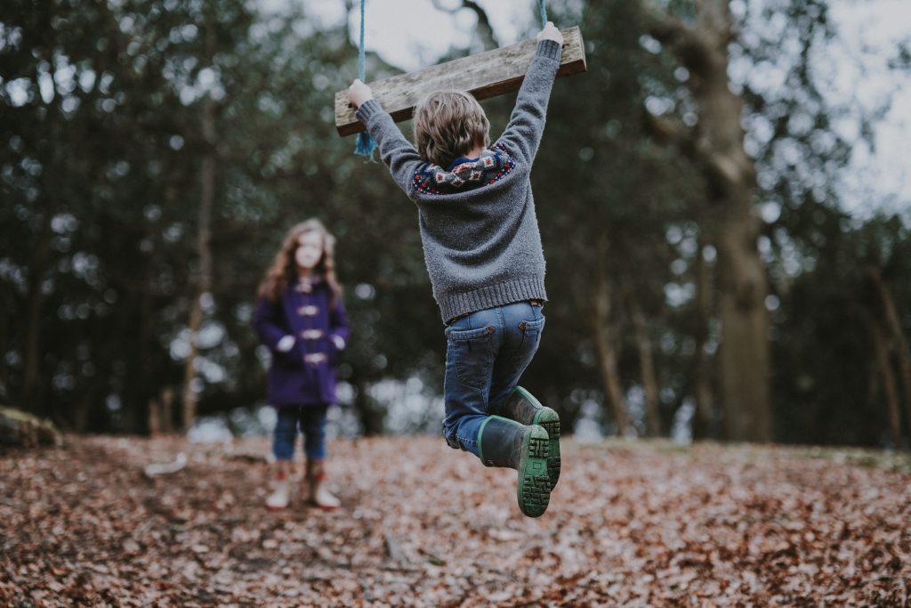 verbal kommunikation, verbale færdigheder, sociale færdigheder, sociale kompetencer, børn , børneopdragelse, naturligopdragelse, forældre, forældreskab, forældrerådgivning