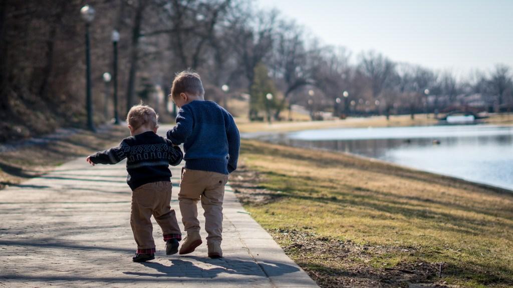 Børn der slår,  vrede børn, eksplosive børn, problem børn, voldsomme bør, udadreagerende børn,