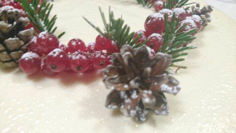 Slik lager du julens beste pepperkakeostekake
