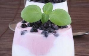 Yogur: 10 Beneficios y 7 remedios naturales con este alimento