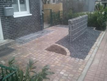 Naturstein Terrasse ber uns  Wir gestalten Grten
