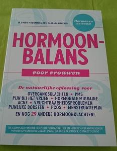 Boekreview: Ralph Moorman – Hormoonbalans voor vrouwen