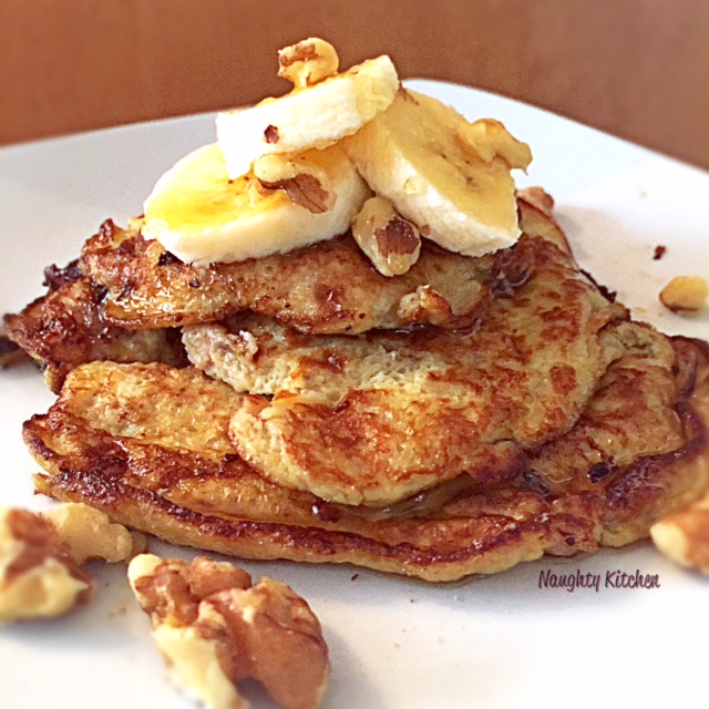 Banana Nutty Pancakes