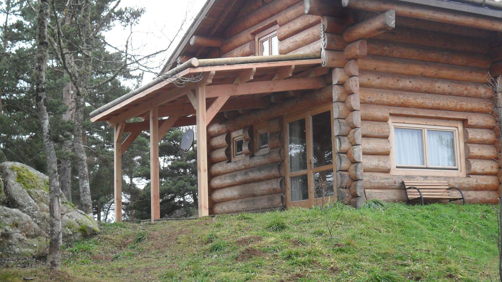 Réalisation d'une terrasse couverte et toiture végétalisée