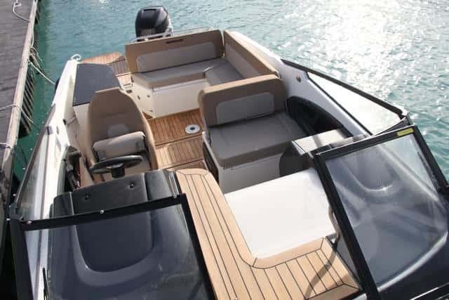 Cubierta Quicksilver Activ 755 Cruiser