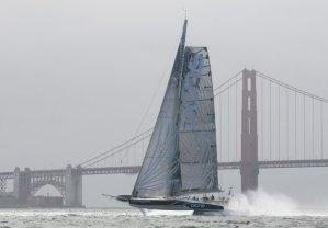 L'Hydroptère DCNS établit le record du mille nautique de la baie de San Francisco